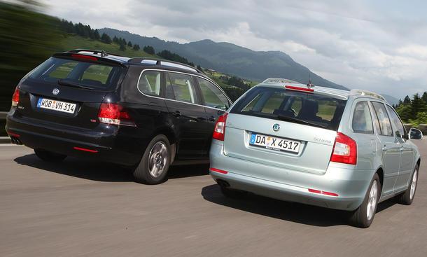 Markenvergleich: Skoda Octavia Combi und VW Golf Variant im Test