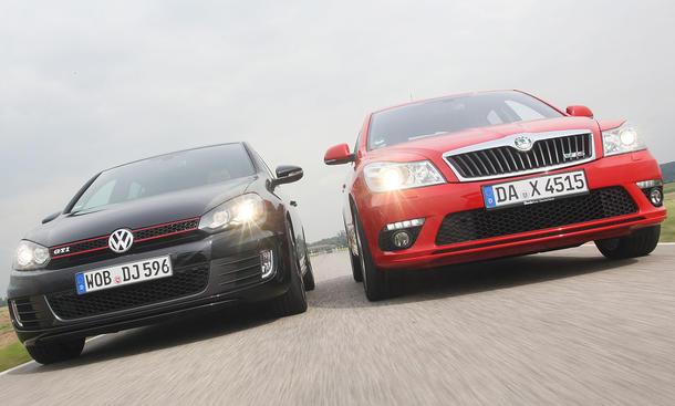 VW Golf GTI und Skoda Octavia RS im Vergleichstest der Kompakten