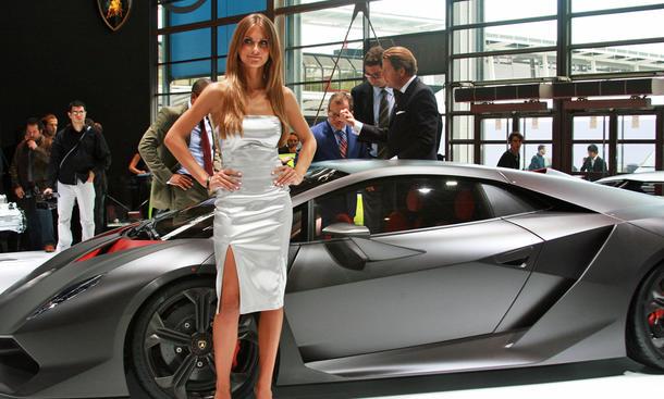 Lamborghini auf dem Pariser Autosalon: Die Studie Sesto Elemento gibt einen Ausblick auf den nächsten Murcielago