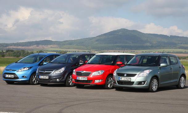 Der neue Suzuki Swift: Vier Kleinwagen im AUTO ZEITUNG Test