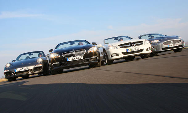 Vier Cabrios im Test: Das neue BMW 6er Cabrio gegen Jaguar XK 5.0 V8 Cabrio, Mercedes SL 500 und Porsche 911 Carrera GTS Cabrio