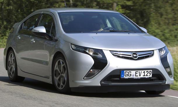 Opel Ampera im Fahrbericht der AUTO ZEITUNG
