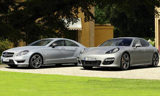 Sportlimousinen im Test: Mercedes CLS 63 AMG und Porsche Panamera Turbo S