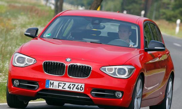 BMW 118i im Fahrbericht der AUTO ZEITUNG