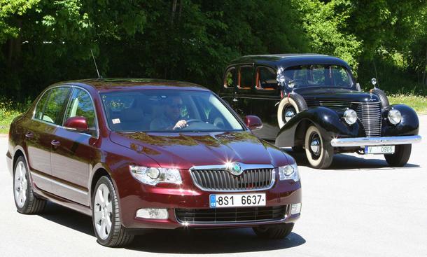 <b>Skoda Superb: Zwei tschechische Limousinen aus zwei Epochen im Vergleich</b>