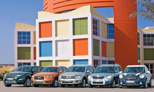Audi Q3 und Range Rover Evoque gegen die Kompakt-SUV-Konkurrenz im Test der AUTO ZEITUNG