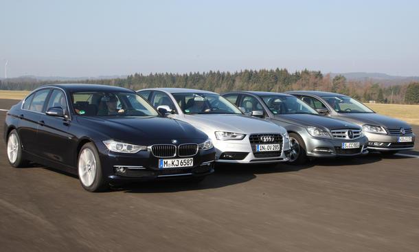 Mittelklasse-Coupés Audi A4, BMW 320d, Mercedes C-Klasse, und VW Passat im Test