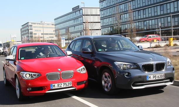 Kombi oder SUV: BMW X1 sDrive18i gegen BMW 118i im Test