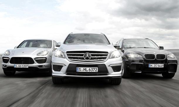 BMW X5 M, Mercedes ML 63 AMG und Porsche Cayenne Turbo im Vergleichstest
