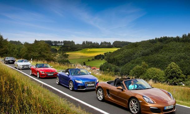 Fünf Roadster im Test: Neuer Porsche Boxster S gegen Audi TT, BMW Z4, Mercedes SLK und Chevrolet Camaro