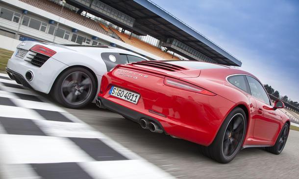 Sportwagen-Vergleich 2013: Audi R8 vs. Porsche 911 Carrera 4S