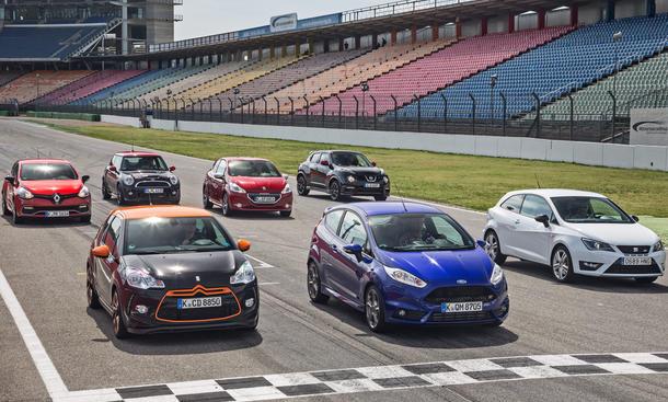Sieben sportliche Kleinwagen im Vergleich: Citroën DS3, Ford Fiesta, Seat Ibiza, Mini, Renault Clio, Nissan Juke, Peugeot 208