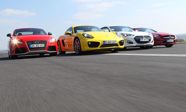 Vier Sportcoupés im Vergleich: Neuer Porsche Cayman S gegen Audi TT RS plus, Hyundai Genesis und Mercedes SLK 350
