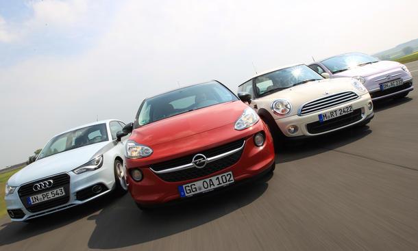 Vier trendige City Cars im Vergleich: Audi A1, Fiat 500, Mini One und Opel Adam im Test