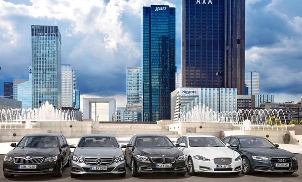 Fünf Oberklasse-Limousinen-Test 2013: Audi A6, BMW 5er, Jaguar XF, Mercedes E-Klasse, Skoda Superb