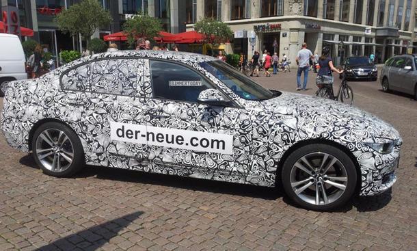 jaguar xe 2015 ungew hnliche werbung. Black Bedroom Furniture Sets. Home Design Ideas