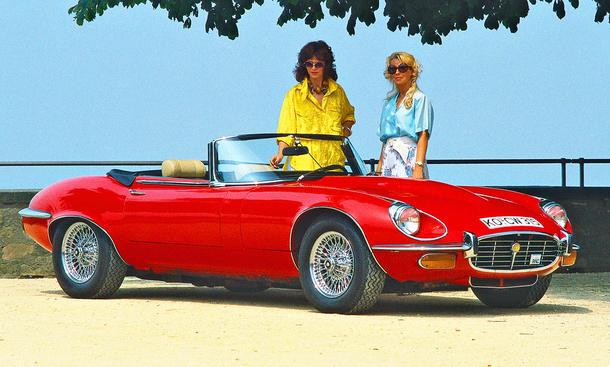 Jaguar E-Type V12 Roadster: Classic Cars