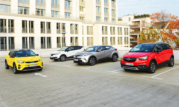 Kia Stonic, Renault Captur, Toyota C-HR, Opel Crossland X