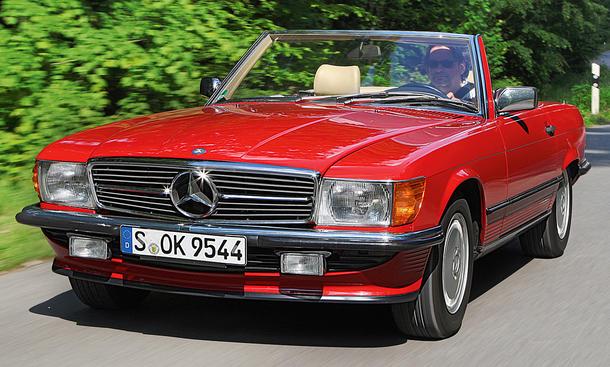 Mercedes 300 SL: R107
