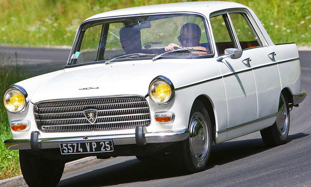 Peugeot 404: Classic Cars