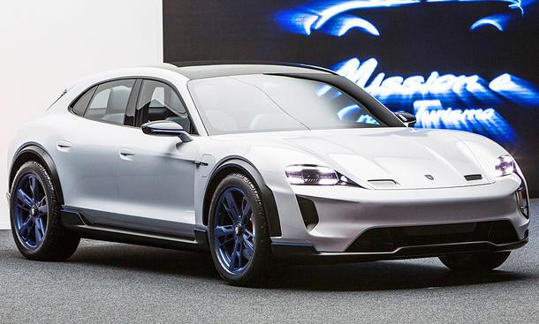 Porsche: Weltpremiere für den elektrisch angetriebenen Mission E Cross Turismo