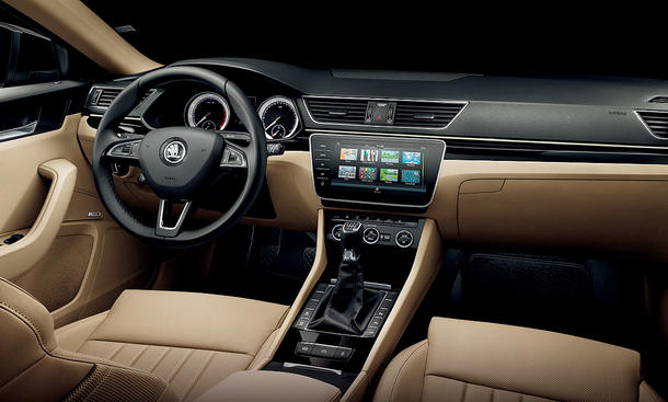 Skoda Superb mit neuen Features