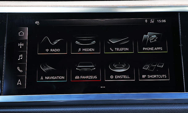Audi Q3: Connectivity