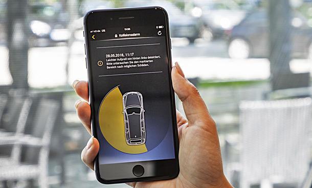 App informiert über Parkrempler