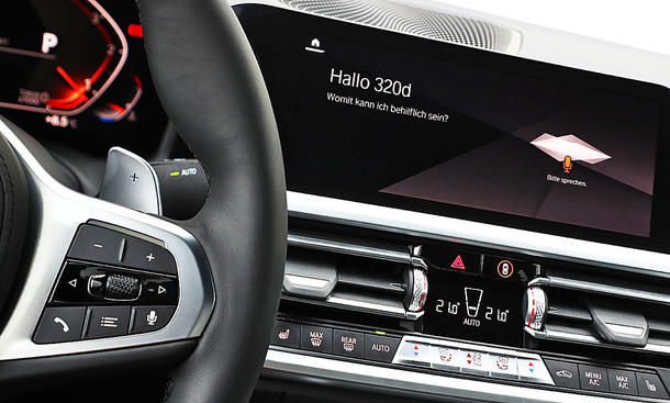 BMW 320d: Connectivity