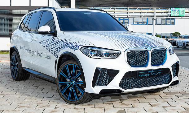BMW i Hydrogen Next (2022)