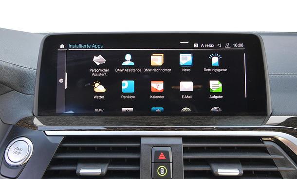 BMW X3: Connectivity