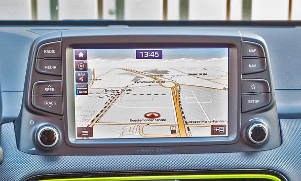 Hyundai Kona: Connectivity