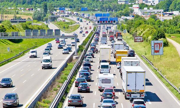 Jährliche Fahrleistung 2019: So viel fahren Deutsche