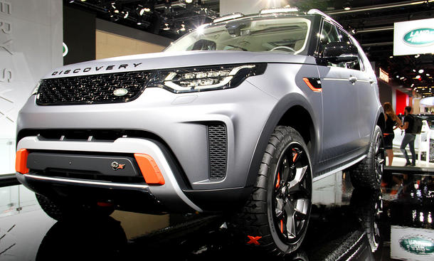 Land Rover Discovery SVX (2018)