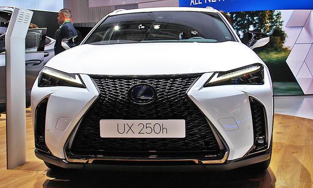 Lexus UX (2018)