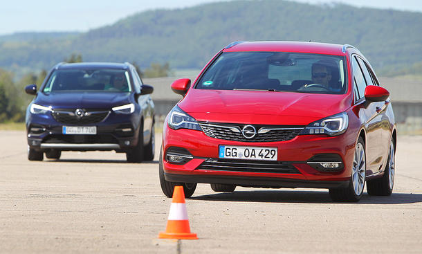 Opel Astra Sports Tourer/Opel Grandland X