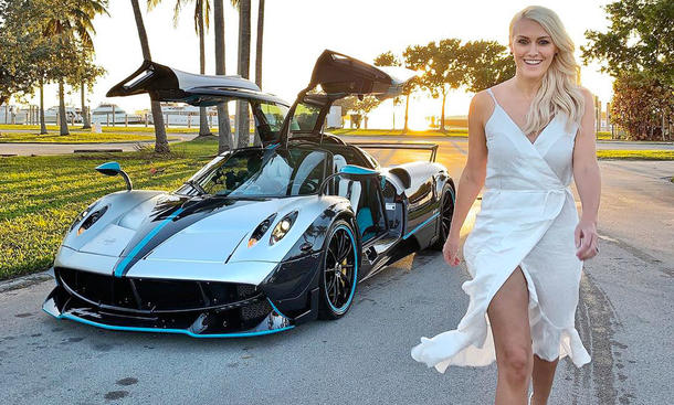 "Alex Hirschi alias ""Supercar Blondie"""