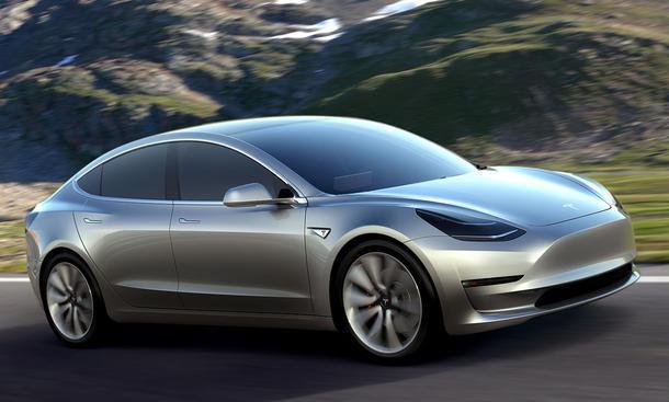 Preisweitenvergleich - Platz 1: Tesla Model 3