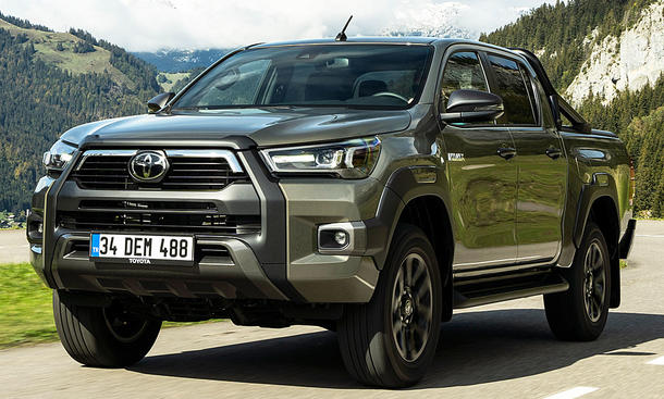 Toyota Hilux Facelift (2020)