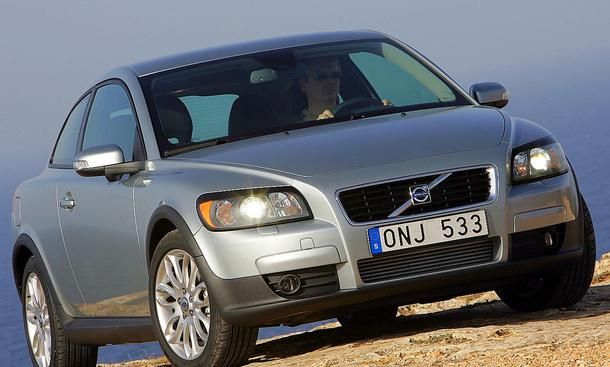 Schöner Rücken - Volvo C30 D5 | Einleitung Karosserie - autozeitung ...
