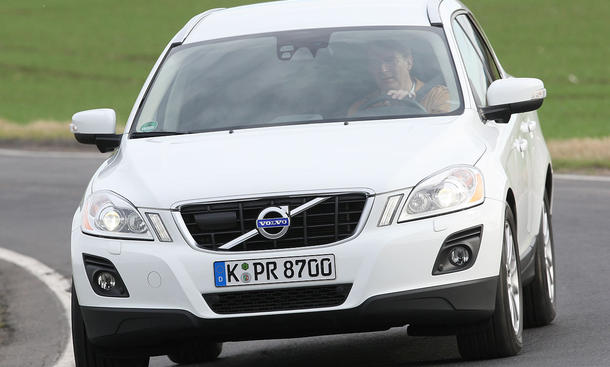 Volvo XC 60 2.4 D DRIVe - Frontscheinwerfer
