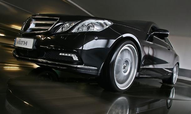 Väth Mercedes E 500 Coupé V50S - Väth holt aus dem Serientriebwerk 47 zusätzliche PS heraus