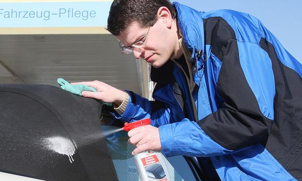 Cabriodachpflege Verdeckpflege gründliche Reinigung