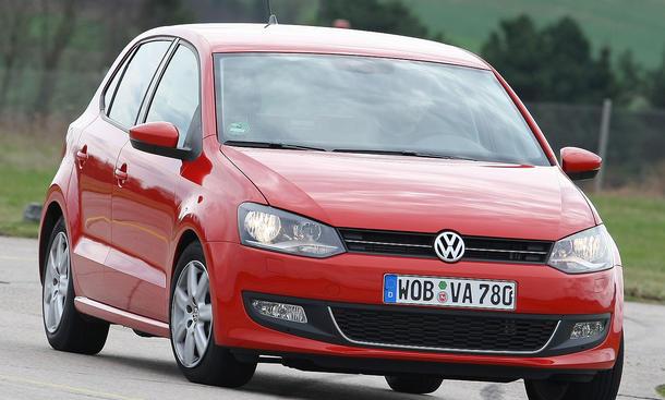 Der neue VW Polo 1.2 TSI wiegt weniger als ein Golf und fährt sich daher noch kurvenfreudiger