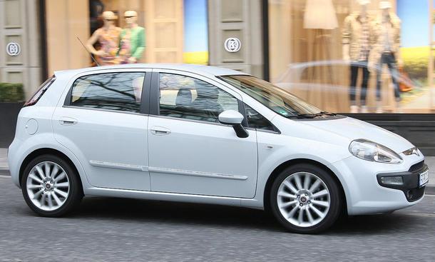 Der neue Fiat Punto Evo als Testwagen mit 17-Zoll-Bereifung