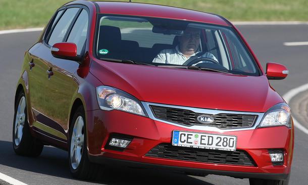 Den neuen Kia cee'd aus unserem Vergleichstest gibt es ab einem Grundpreis von 16.715 Euro