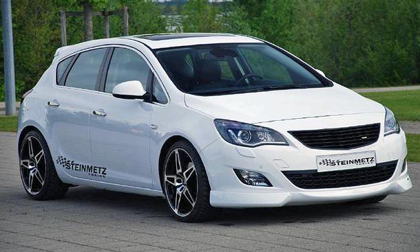 Die Tieferlegung abgestimmt auf das Flex Ride-Fahrwerk des Opel Astra J by Steinmetz