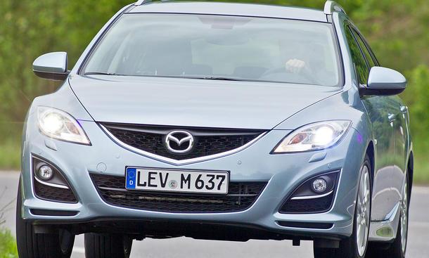 Der neue Mazda 6 Kombi 2.0 DISI mit leicht veränderter Optik und neuem Direkteinspritzer