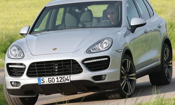 Den Porsche Cayenne Turbo gibt es ab 115.526 Euro
