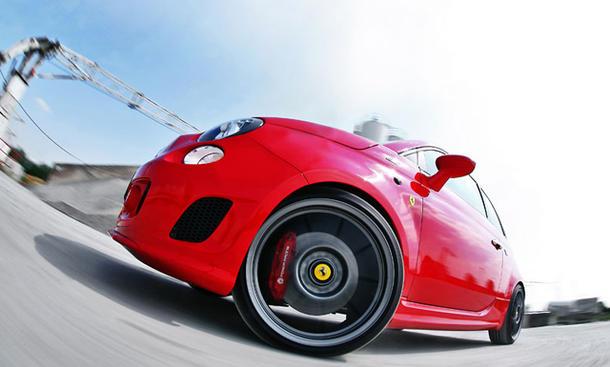 Der Abarth 500 für Ferrari-Händler bringt es auf brachiale 268 PS